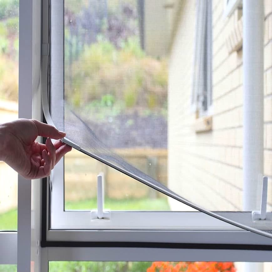 Self-adhesive mosquito net for windows with velcro