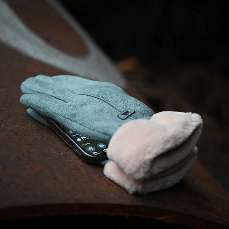 Women's touch gloves